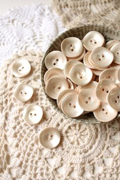 cream buttons set of 35 vintage plastic buttons by gretaloves, Button Art, Button Crafts, Vintage Accessoires, Shabby Chic, Sewing Notions, Ivoire, Haberdashery, Vintage Buttons, Crochet Doilies