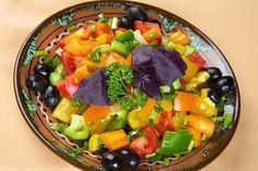 Salată din legume ca la Chişinău - Gustări reci