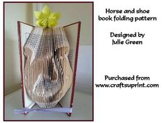 Horse and shoe on Craftsuprint designed by Julie Green - This is a lovely pattern of a horse inside a horseshoe. The picture dosn't really do it justice. It has been designed and tested by myself.There are 152 actual folds requiring a book with at least 304 pages and 21cms high measuring from inside page - Now available for download!