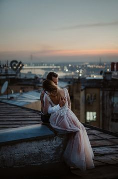 This intimate rooftop moment is pure romance | Katarina Sharon Macut Vasic of Danilo and Sharon