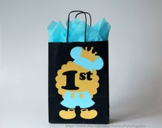 Decoraciones de cumpleaños de Mickey Mouse por RaisinsPartySupplies