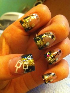New Years Nails  I like the idea of getting the stuff all over the nail