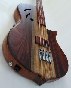 Prometeus Guitars 4-string bass