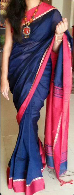I like this colour combination Royal blue Kolkota handloom pure silk cotton saree Indian Attire, Indian Ethnic Wear, Traditional Fashion, Traditional Dresses, Indian Dresses, Indian Outfits, Royal Blue Saree, Simple Sarees, Silk Cotton Sarees