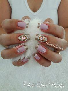 As melhores unhas decoradas para noivas unhas francesinhas decoradas para noivas, unhas francesinhas com pedrinhas Pink Nail Art, Cool Nail Art, Cute Nails, Pretty Nails, Hair And Nails, My Nails, Spring Nail Trends, Nail Designer, Nails Only