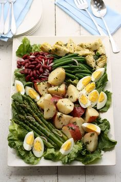 Vegetable Nicoise Salad - This is a vegetarian version. The traditional style can be made by topping it w Tuna & a Vinaigrette dressing.