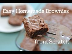 Easy Homemade Brownies - Brownies - - Easy Homemade Brownies Make brownies from scratch with this easy homemade brownies recipe. They turn out crackly on top and fudge like inside. Come see how easy they are to make! Brownie Desserts, Brownie Recipes, Just Desserts, Cookie Recipes, Dessert Recipes, Homemade Brownies, Easy Brownies, Cocoa Powder Brownies, Brownies From Scratch