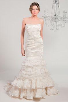 Winnie Chlomin Diamond Label  Wedding Dresses Photos on WeddingWire