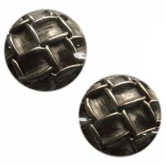 Fancy and Decorative {20mm w/ 1 Back Hole} 2 Pack of Medium Size Round 'Popper Type Shank' Sewing and Craft Buttons Made of Plated Metal w/ Domed Rustic Metallic Cool Chain Link Design {Silver} * You can find more details by visiting the image link.