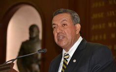 El diputado del PRI agradeció a todos los integrantes de esta LXXIII Legislatura, por contribuir con participación para la creación de Comisión Especial Conmemorativa para el Bicentenario Luctuoso de Don ...