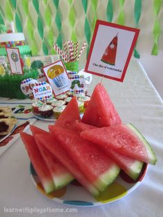 Hmmmmm...yes, love the idea...works for Very Hungry Caterpillar-themed gatherings or class-rooms