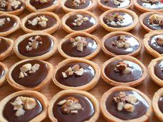 Moučníky, muffiny Archivy - Strana 10 z 12 - Avec Plaisir Pudding, Sugar, Cookies, Food, Chocolate Pop Tarts, Crack Crackers, Custard Pudding, Biscuits, Essen