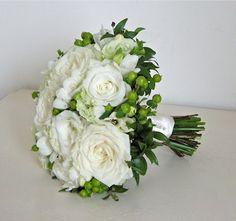 roses lisianthus