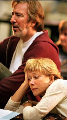 "Helen Mirren and Alan Rickman. ""Antony and Cleopatra"" rehearsal. Royal National Theatre's Olivier Theatre - London about 1997 Alan Rickman Always, I Look To You, Dame Helen, Love Actually, National Theatre, Helen Mirren, Ares, British Actors, Cleopatra"