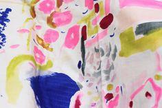 やわらかなダブルガーゼが心地いい 水彩画家 伊藤尚美さんの「nani IRO Textile」 | 阪急阪神百貨店・ライフスタイルニュース