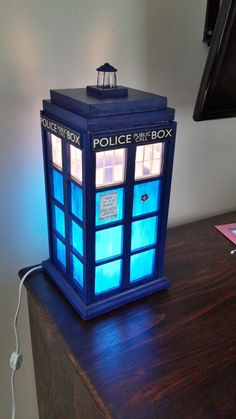 Dr. Who Tardis Lamp | Glow doctor who, night lamp, geek home decor, bedroom light