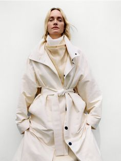The Present Is Female: The Designers Behind a Fashion Revolution Amber Valletta by Zoë Ghertner for Vogue US August 2019 Revolution, Executive Woman, Amber Valletta, Art Partner, Carolyn Murphy, Vogue Us, Img Models, African Diaspora, Fashion Editor