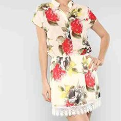 """floral dress. Mini lace bottom. Lined. HPx3 Elastic at ❤❤❤the waist. Three button rose bush dress. So cute, floral, laced bottom. NWT. Sm, med, large. Can be a little blousey on top if you want. So cute! Skirt part is lined. Top is semi sheer. A bra looks great underneath. I couldn't even see mine! Top a bit blousey which looks adorable! HP """" may 14th! just reduced 10%! Yet another HPWork week HPthanks Le!  Dresses"""