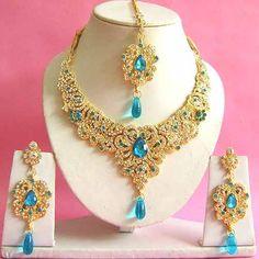 Purple and White Stone Studded Necklace Set Online Shopping: Wedding Necklace Set, Diamond Necklace Set, Pearl Necklace Set, Indian Necklace, Long Pearl Necklaces, Diamond Jewelry, Indian Bridal Jewelry Sets, Indian Jewellery Online, Indian Jewelry