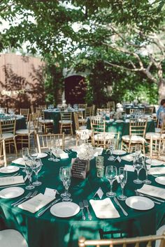 Emerald Green Wedding Reception Setting