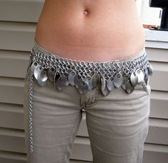 Shop for chainmaille belts on Etsy, the place to express your creativity through the buying and selling of handmade and vintage goods. Jewelry Crafts, Jewelry Art, Jewlery, Belly Dance Belt, Bohemian Chic Fashion, Build A Wardrobe, Belly Dance Costumes, Fashion Project, Chain Mail