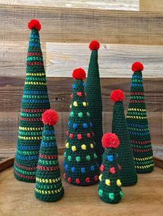 Crochet Christmas Tree Pattern - Xmas Tree Pattern - Easy Christmas - by Deborah O'Leary Patterns - Things to make Crochet Christmas Gifts, Crochet Christmas Decorations, Christmas Tree Pattern, Christmas Crochet Patterns, Holiday Crochet, Christmas Tree Farm, Crochet Gifts, Simple Christmas, Christmas Crafts