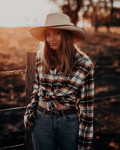 """Gefällt 5 Mal, 1 Kommentare - Alex🦂 live your truth.༄ (@plantifulalexandra) auf Instagram: """"TAKE RESPONSIBILITY FOR YOUR LIFE  You can't change the past but you can always create the future…"""" Winter In Australia, Live Your Truth, No Response, The Past, Hipster, Plaid, Change, Future, Create"""