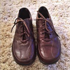 Clarkes Men's Activewear Shoes Lightly worn Clarks Shoes Oxfords & Derbys