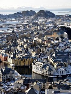AALESUND NORWAY CITYSCAPE PHOTO FINE ART PRINT POSTER HOME DECOR BMP028B
