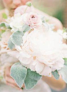 REVEL: Blush Bouquet