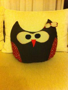Kuzicikim sevgili Gülay Özkan'ın tasarımı sevimli baykuş yastık:))