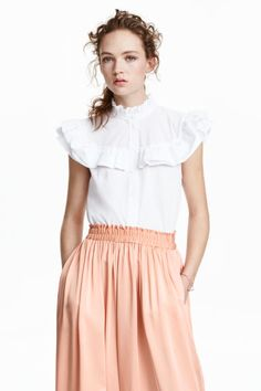 Blouse in a cotton weave with a frilled collar, frilled yoke and short frilled sleeves. Buttons down the front. Blouse Volantée, Frill Blouse, White Cotton Blouse, Cotton Blouses, Blouse En Coton, Dress For You, Dresses For Work, Ruffle Shirt, Ruffle Sleeve