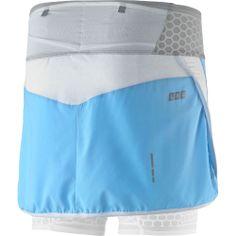 Compression shorts under a running skirt. Wide waistband with storing pockets for gels: Salomon S-LAB EXO Twinskin Skort (Women's) - Skorts on www.rockcreek.com #trailrunning #womenrunning