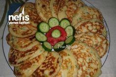 Peynirli Kaşık Dökmesi Tarifi Waffle, Zucchini, Pancakes, Food And Drink, Vegetables, Cooking, Breakfast, Recipes, Kitchens