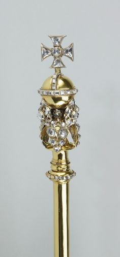 Sceptre with Cross of the Queen Consort (detail), England (1685; gold, silver, rock crystals). Royal Collection © Her Majesty Queen Elizabeth II.