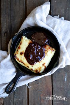 "Bread Cheese ( a Finnish style of cheese that is - go figure- ""bread like"" when heated) with a Fig and Cocoa Sauce. No Cook Appetizers, Appetizers For Party, Appetizer Recipes, Snack Recipes, Cooking Recipes, Snacks, Iron Skillet Recipes, Skillet Meals, Fig Recipes"