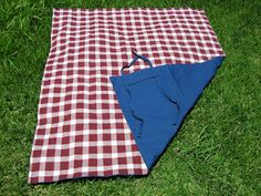 Double sided picnic blanket