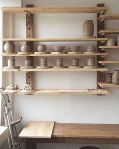 Pottery Workshop, Ceramic Workshop, Ceramic Studio, Pottery Studio, Glazes For Pottery, Pottery Vase, Ceramic Pottery, Ceramic Art, Pottery Shop