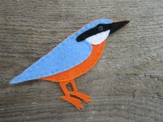 This quirky set of felt magnets is an ideal nature lovers gift, or bird watchers gift, bringing a little bit of the outside in. Set of 3 woodland birds: Owl (Height Width Nuthatch (Height Width Great spotted wood pecker (Height. Gift For Lover, Parrot, Wildlife, Handmade Items, Felt, Birds, Etsy, Cute, Shop