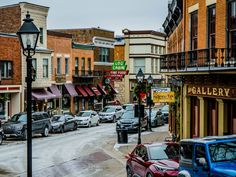 18 small towns near Chicago you need to visit Chicago Lake, Chicago Travel, Chicago Illinois, Chicago City, Antioch Illinois, Woodstock Illinois, The Places Youll Go, Places To Go, Elkhart Lake