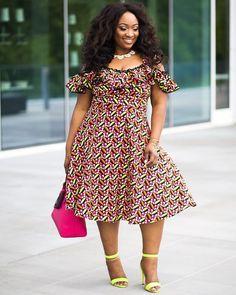 Top Ankara Styles To Start Off The Weekend - isishweshwe Short Ankara Dresses, African Wear Dresses, Ankara Gown Styles, Short Gowns, African Attire, Seshweshwe Dresses, Jean Dresses, Maternity Dresses, African Print Clothing
