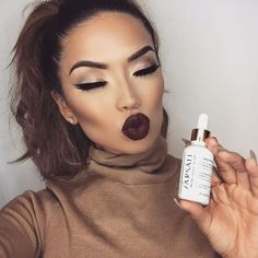 Fall look paired with fall skin Remember with the seasons changing so does the weather so its important that you keep your skin extra hydrated! Here I'm using @farsalicare Rose Gold Elixir (lightweight 24k gold beauty oil) on my skin and one drop mixed into my foundation. Love how it feels and looks!! #iluvsarahii #farsalicare #rosegoldelixir