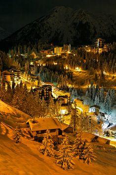 Foppolo innevata, in de province of Bergamo in de Italian region of Lombardy_ Italy