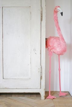 flamingo :by Ingrid Jansen, wood & wool stool. fav pics for photo cards