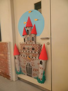 Ideas Classroom Door Decorations Reading Theme For 2019 Door Displays, School Displays, Library Displays, Classroom Displays, Classroom Door, Classroom Themes, Castle Classroom, Competitions For Kids, Fairy Tales Unit