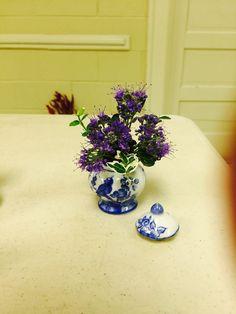 Garden Club Journal: Delicate Diversions - miniature designs   1  floral design      flower arrangement gardenclubjournal.blogspot.com