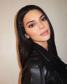 Image about beauty in Kendall Jenner by gabriel Kendall Jenner Make Up, Kendall Jenner Outfits, Kendall And Kylie, Kourtney Kardashian, Kardashian Jenner, Maquillage Kendall Jenner, Looks Dark, Inspirational Celebrities, Trends
