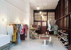 I always thought the Brick & Mortar of Oma Vintage was super cute!!