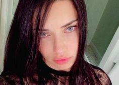 Moda: #Adriana #Lima #selfie al naturale (link: http://ift.tt/2nD34Xt )