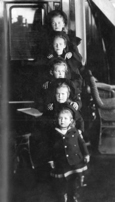 Tsarevich Alexei and hie sisters.